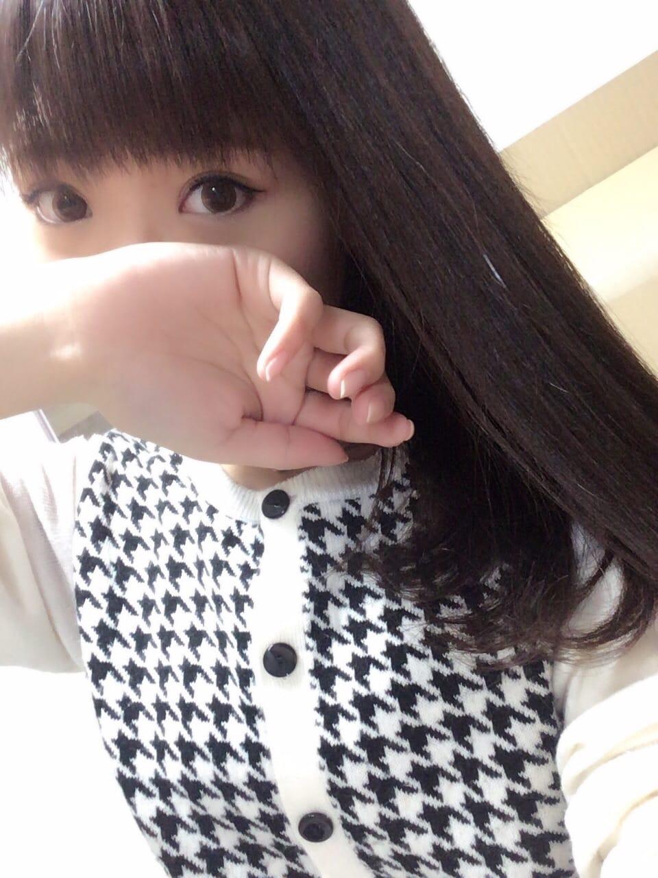 「出勤!!」01/24(水) 23:24 | ゆうか★初々しい業界未経験!!の写メ・風俗動画
