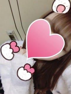 しいな「おはよう☀︎」02/09(金) 09:50 | しいなの写メ・風俗動画