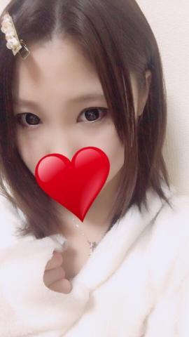 あゆみ「るん...♪*゚୨୧*。.*・゚ .゚・*.」02/21(水) 02:00   あゆみの写メ・風俗動画