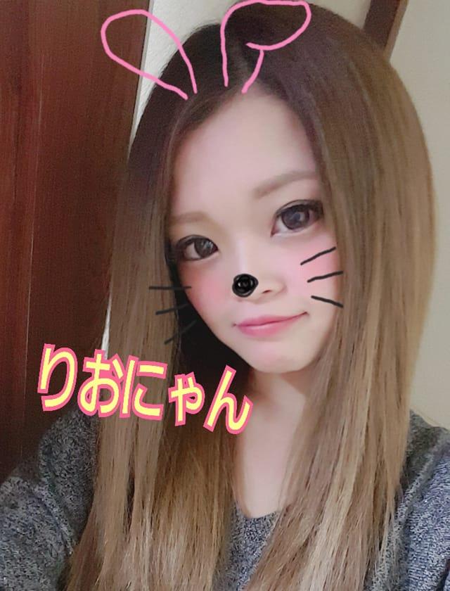 「おはゆん?」02/22(木) 11:39 | りおなの写メ・風俗動画
