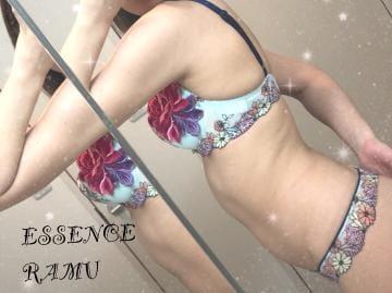 「[私、撮影しました♥]」02/28(水) 01:11 | らむ☆元モデルのハーフ美女です☆の写メ・風俗動画