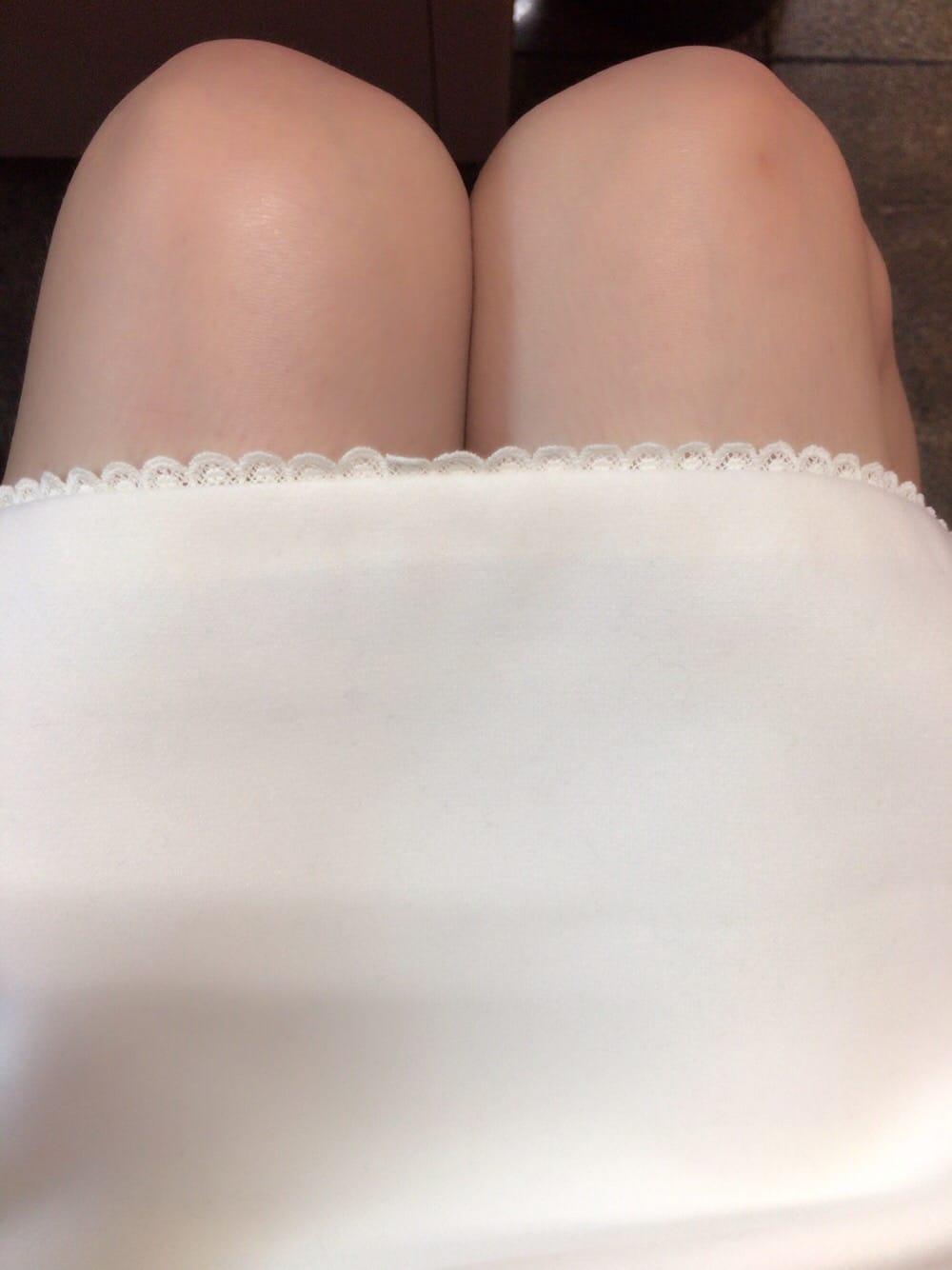 「こんばんは〜」03/06(火) 23:26 | ななせの写メ・風俗動画