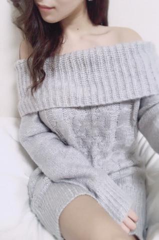 「待機中」03/08(木) 18:20 | 瀬名(せな)の写メ・風俗動画