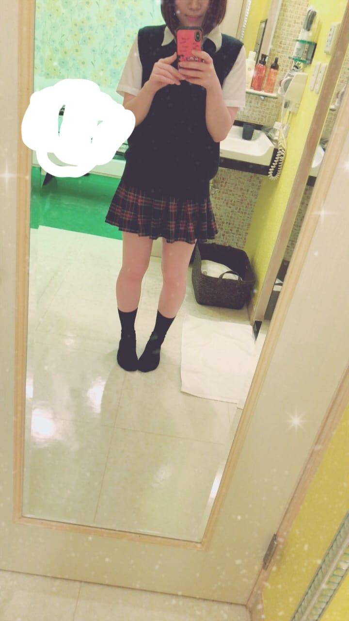 「制服♡」03/16(金) 16:52 | ひなのの写メ・風俗動画