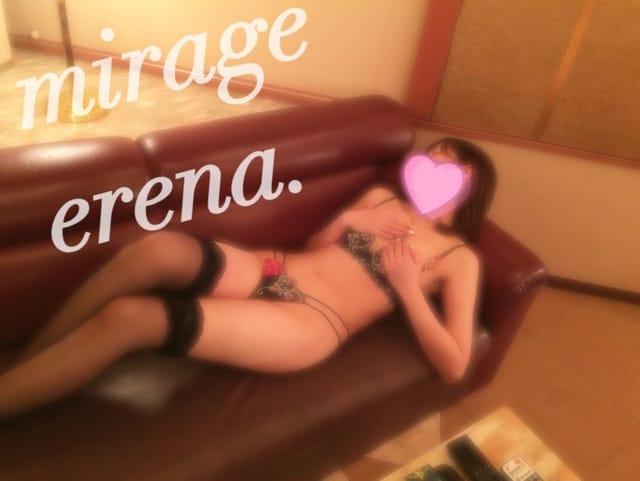 エレナ「とうとうデビュー!?」03/18(日) 13:18   エレナの写メ・風俗動画