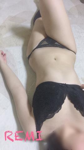 れみ「下校??」03/19(月) 05:32   れみの写メ・風俗動画