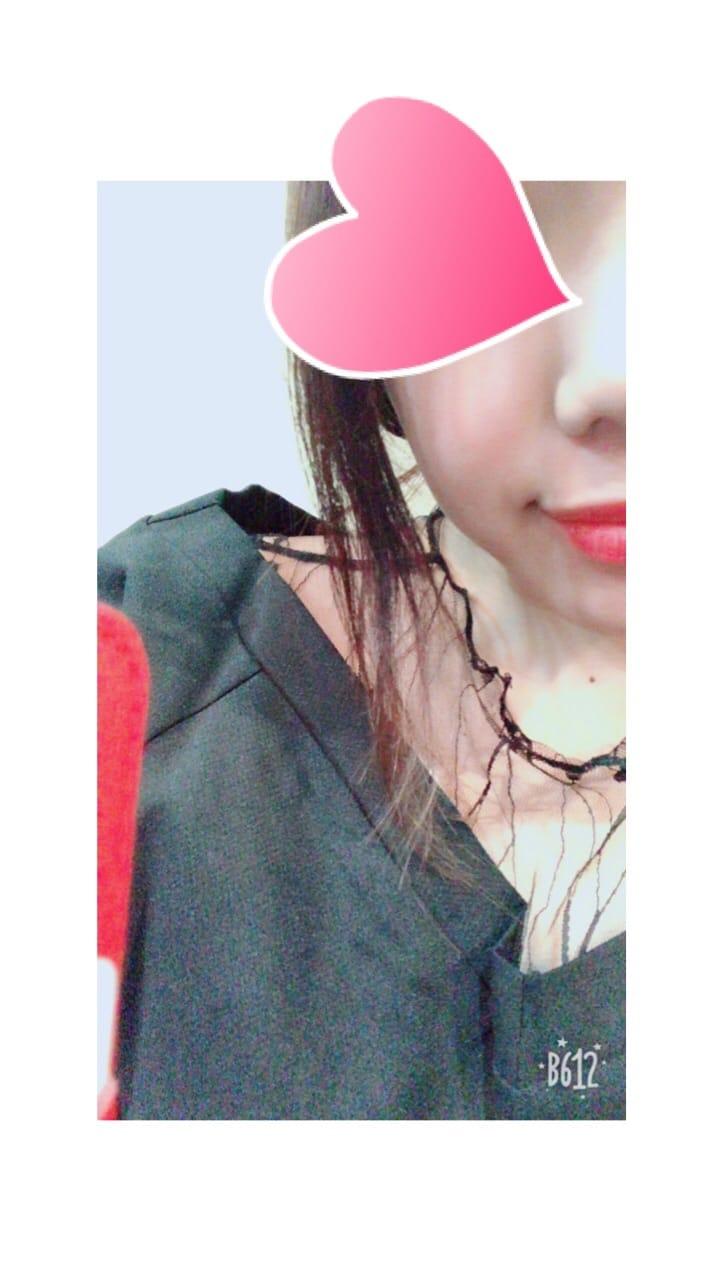 「こんばんは(^^)」03/19(月) 19:55 | みいの写メ・風俗動画