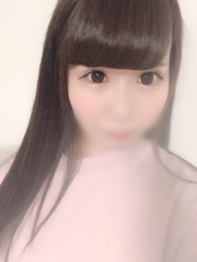 「出勤します♡」03/22(木) 17:30 | うるみの写メ・風俗動画