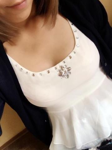 みおり「お兄様に会いたいな~♡」03/23(金) 16:54 | みおりの写メ・風俗動画