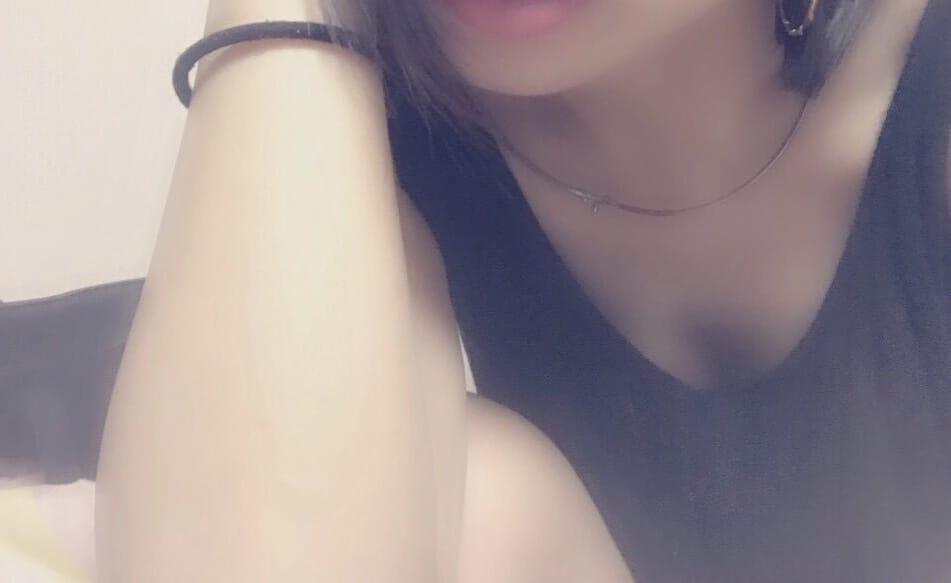 「やほー\( ?ω? )/」03/24(土) 02:25 | うみの写メ・風俗動画