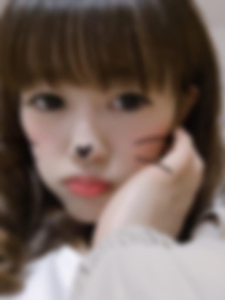 エリ「こんにちは」04/02(月) 16:27   エリの写メ・風俗動画