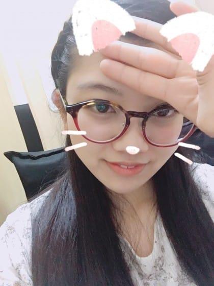 シホ「こんにちは(✿´꒳`)ノ°+.*」04/11(水) 12:41 | シホの写メ・風俗動画
