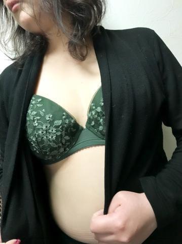 「こんにちは」04/17(火) 12:25 | くるみの写メ・風俗動画