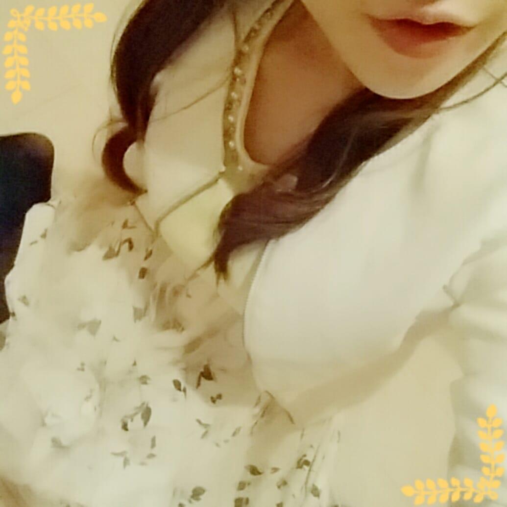 「昨日は(*´ω`*)」04/23(月) 00:00 | かなんの写メ・風俗動画