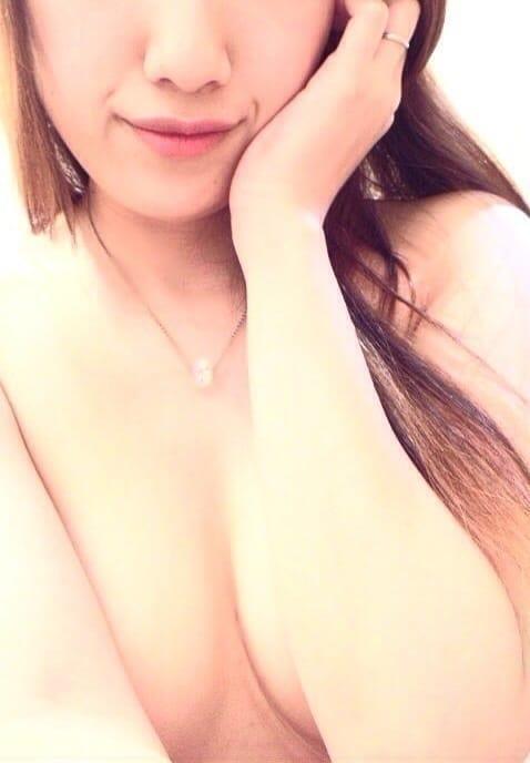 「待機してます(。・艸・)ウフフ」04/23(月) 01:50 | ノノの写メ・風俗動画