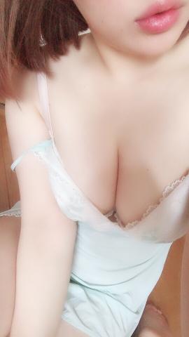 「出没(「 ゜Д゜)「」04/23(月) 14:27   ウサギの写メ・風俗動画