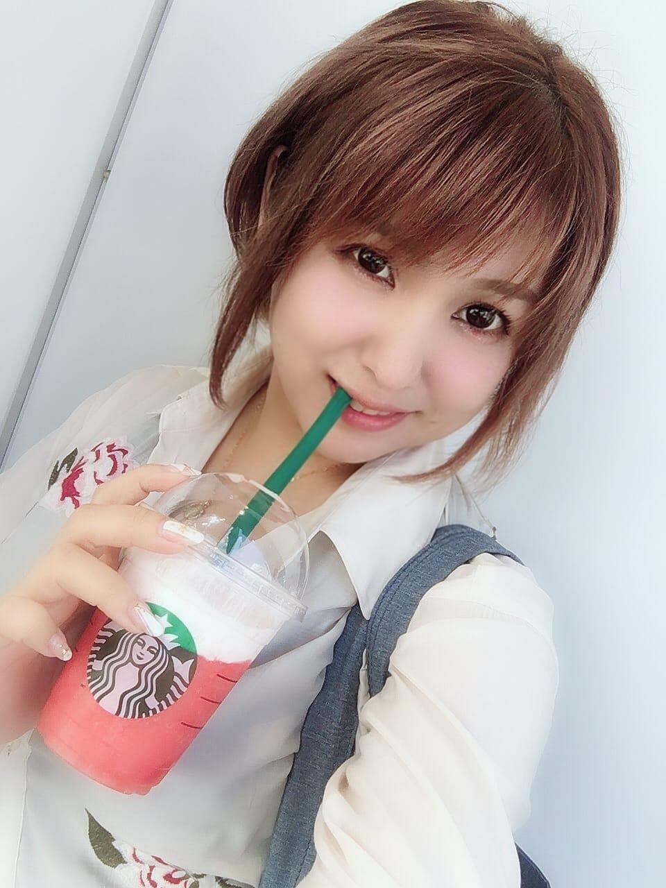 「やっと飲めた」04/26日(木) 13:50 | 山村 茜の写メ・風俗動画