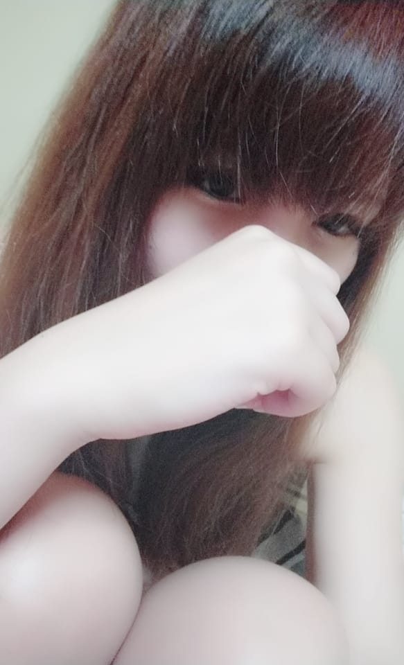 「出勤だよ〜」05/02(水) 21:00 | コハルの写メ・風俗動画