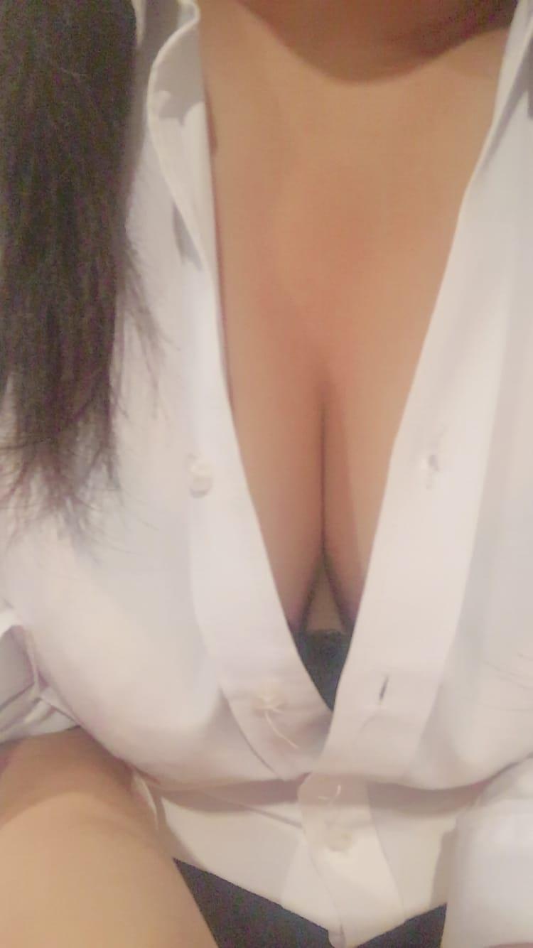 「こんばんは」05/06(日) 02:02 | れいの写メ・風俗動画