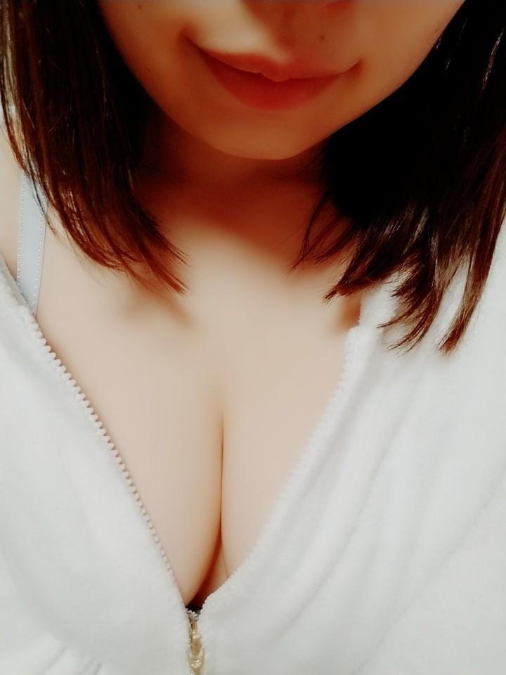 ゆか「出勤☆」05/16(水) 20:08   ゆかの写メ・風俗動画