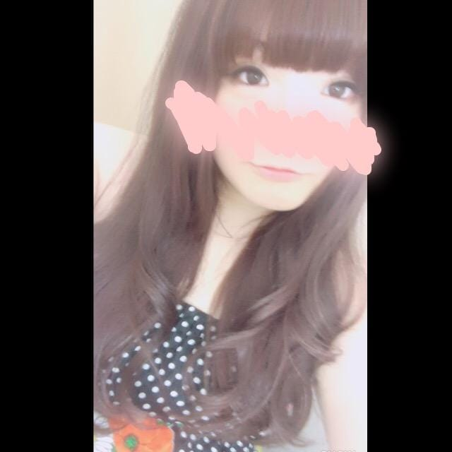 りり「出勤してますよ〜っ♡」05/20(日) 11:02 | りりの写メ・風俗動画
