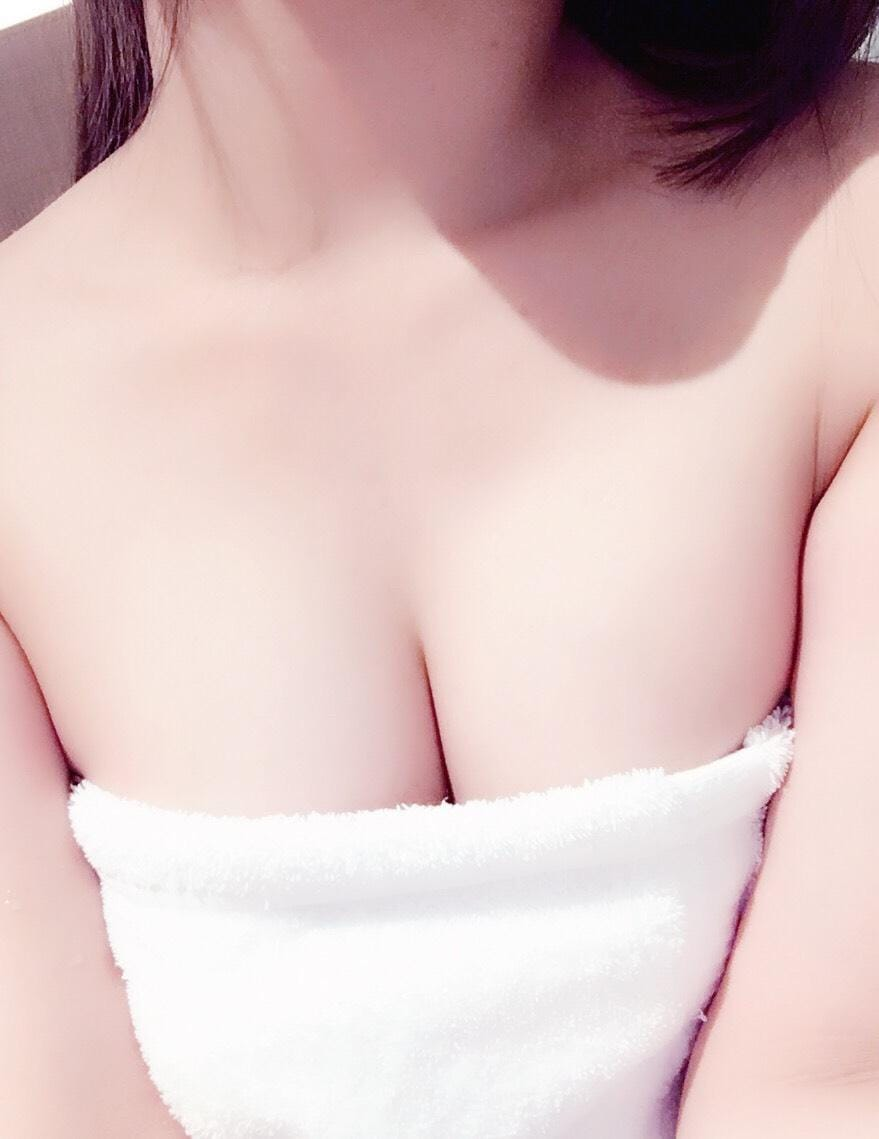 ことの「お財布無くしたぁ(><)」05/20(日) 12:30   ことのの写メ・風俗動画