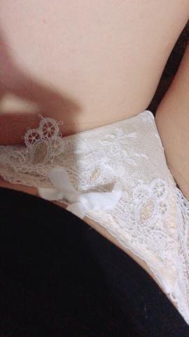 「出勤だよ」06/08(金) 19:15 | 英玲奈~エレナの写メ・風俗動画