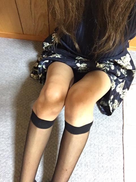 「出勤しました☆★」06/08(金) 21:12 | りお★オススメ★H度最高なモデル級美女♪の写メ・風俗動画
