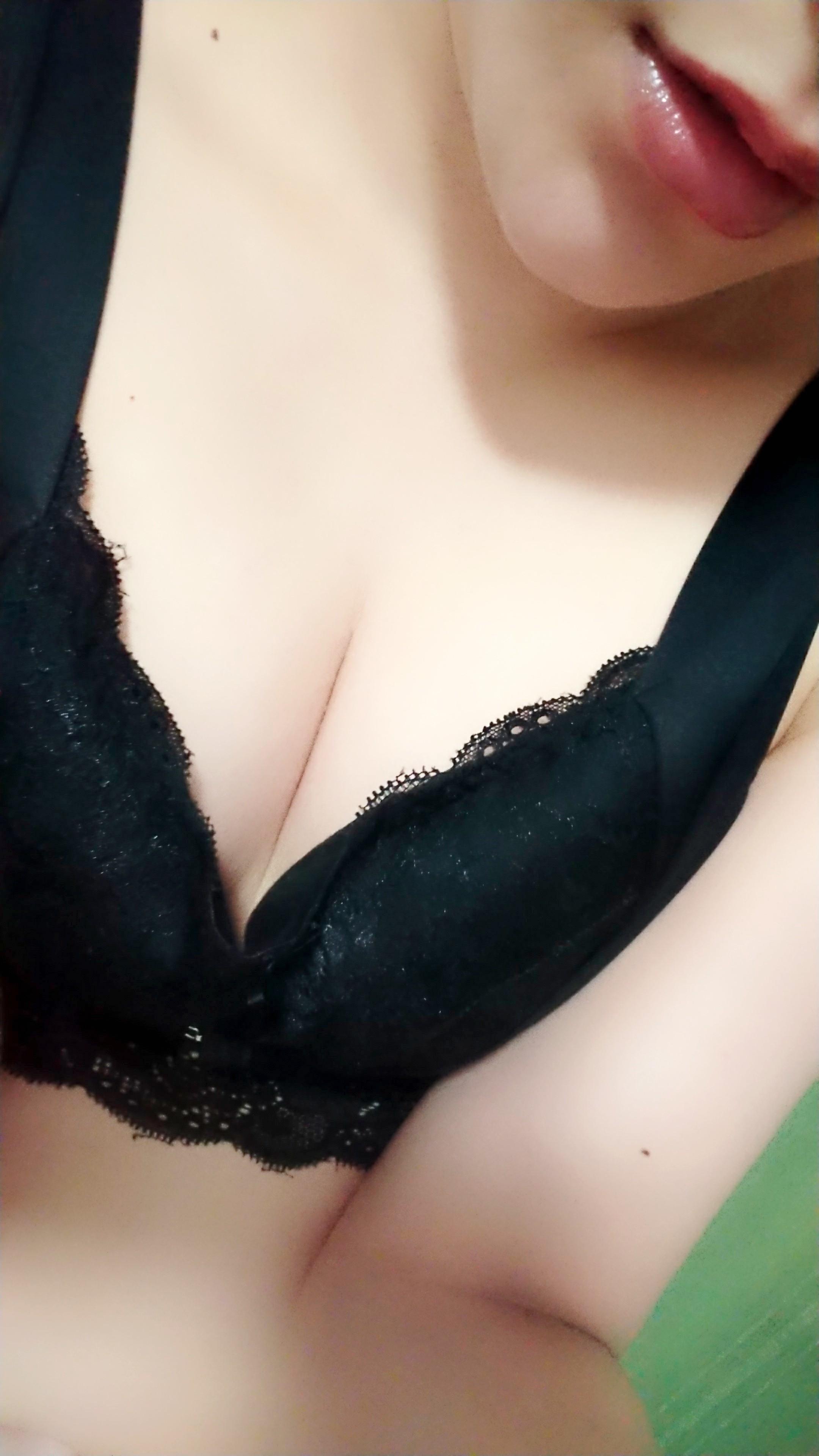 「金曜日ですね☆」06/15(金) 11:29 | 浜中 ゆみの写メ・風俗動画