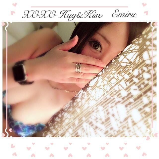 「えみゅ( ᐢ˙꒳˙ᐢ )」06/16(土) 01:19   Emiru エミルの写メ・風俗動画