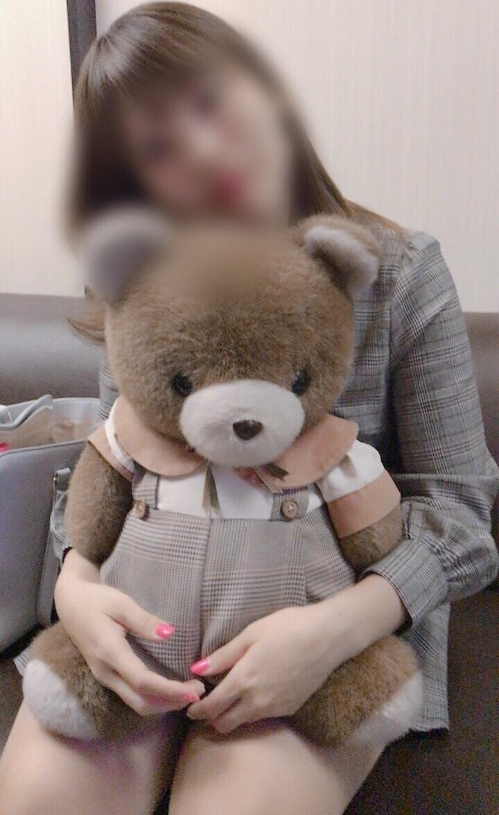 あやな「おやすみ〜☆」06/20(水) 00:01   あやなの写メ・風俗動画