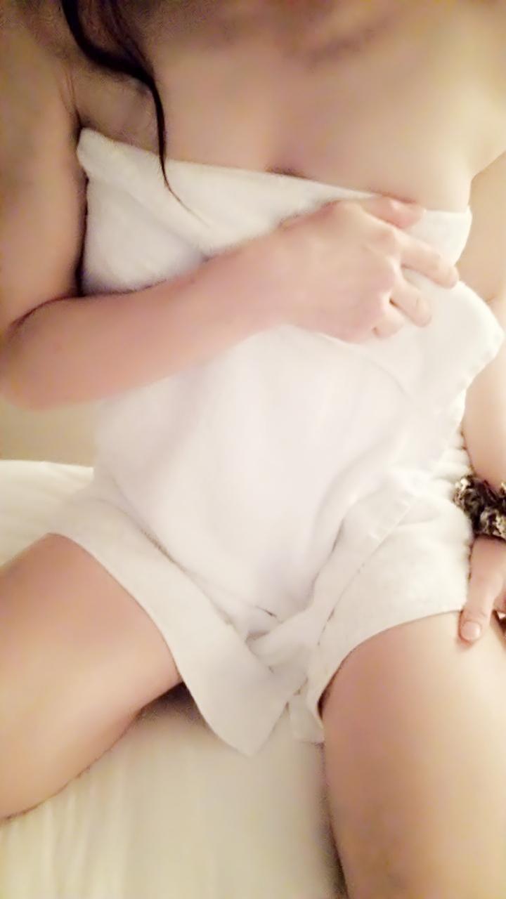 「こんにちはq(^-^q)」06/20日(水) 11:24 | いずみの写メ・風俗動画