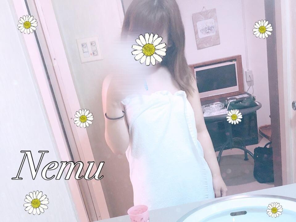 ねむちゃん「ねこ様」06/20(水) 20:10 | ねむちゃんの写メ・風俗動画