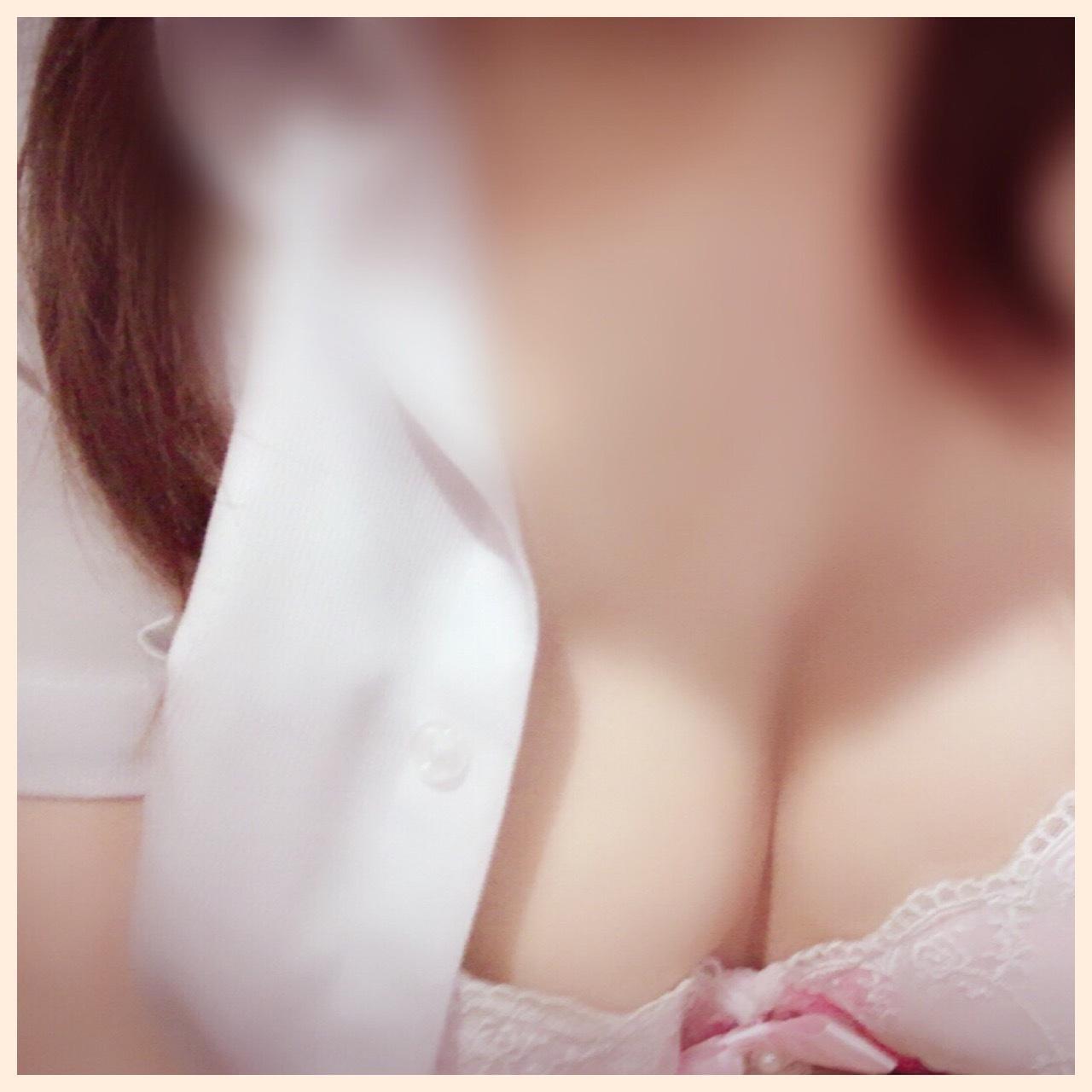 ともえ「お礼★ガッチリ胸筋のお兄様へ?」06/22(金) 14:17   ともえの写メ・風俗動画