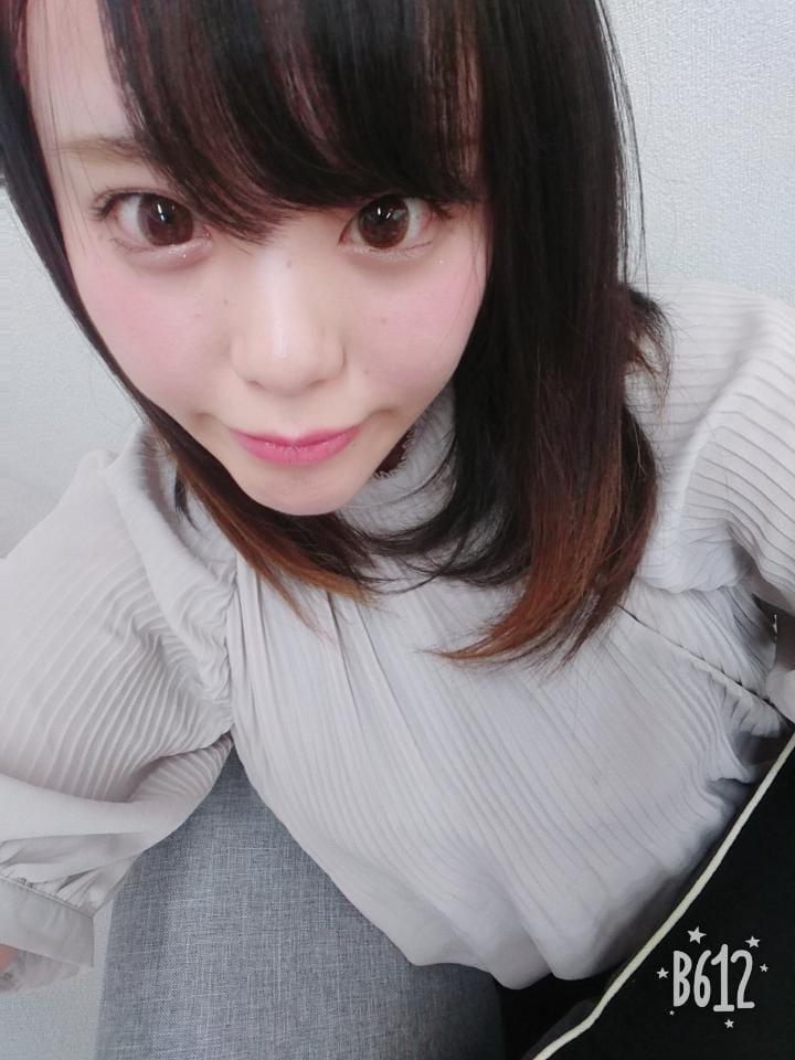 「アイドルの前髪は左分け目((c( 。 •ᴗ•。 )っ))自分から見てね」06/23日(土) 09:06 | あいすの写メ・風俗動画