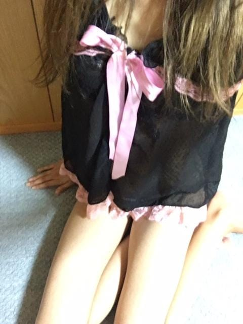 「出勤しました☆★」06/25(月) 21:18 | りお★オススメ★H度最高なモデル級美女♪の写メ・風俗動画