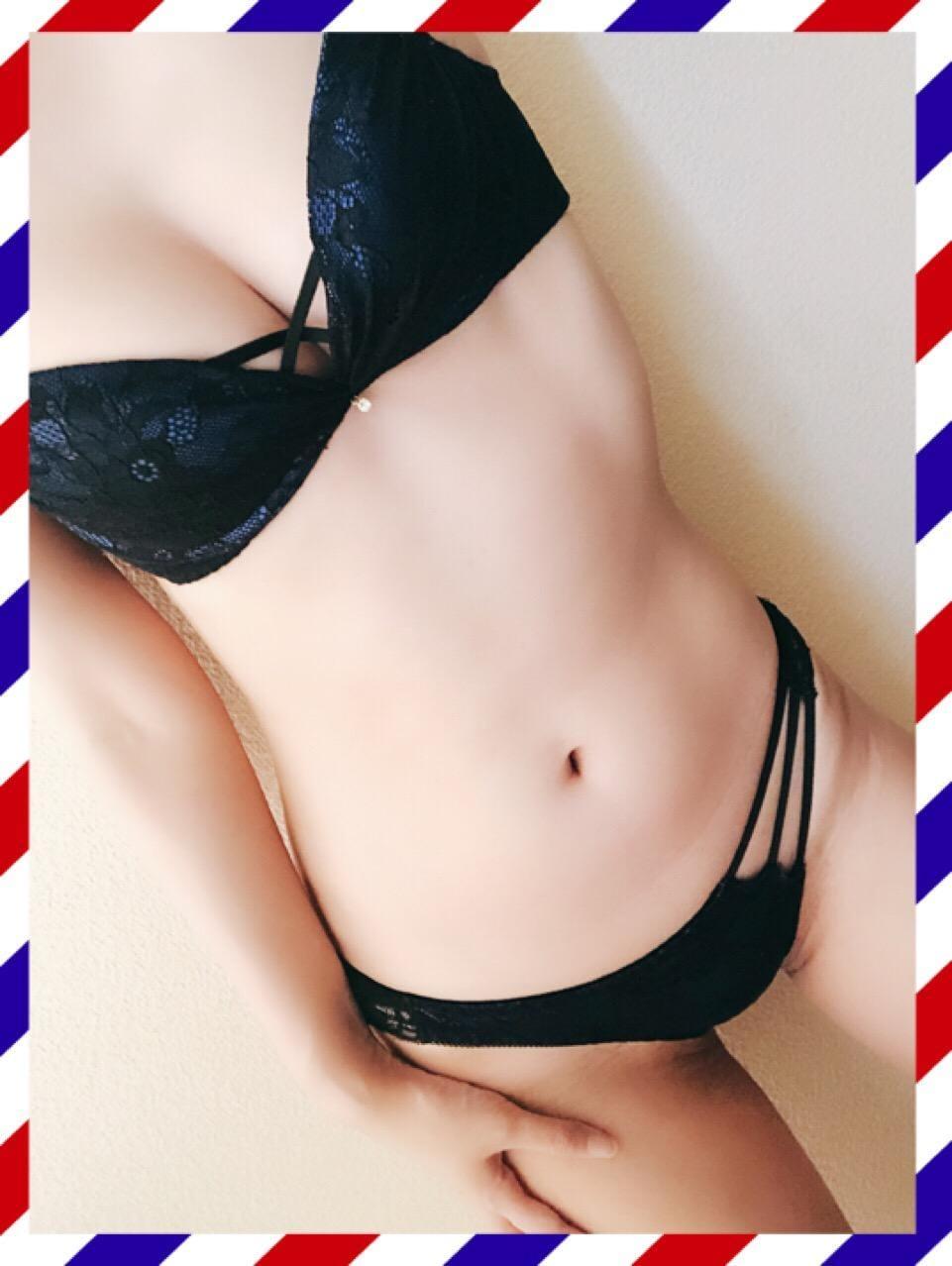 みな「おはよう(=゚ω゚)ノ」07/09(月) 17:39 | みなの写メ・風俗動画