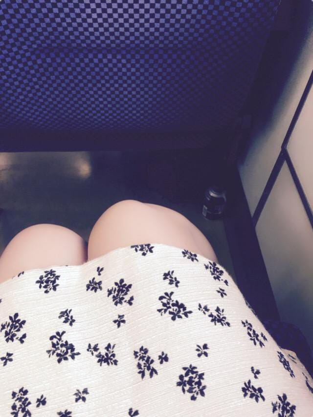 「こんばんは、」07/12(木) 17:54   ゆうかの写メ・風俗動画