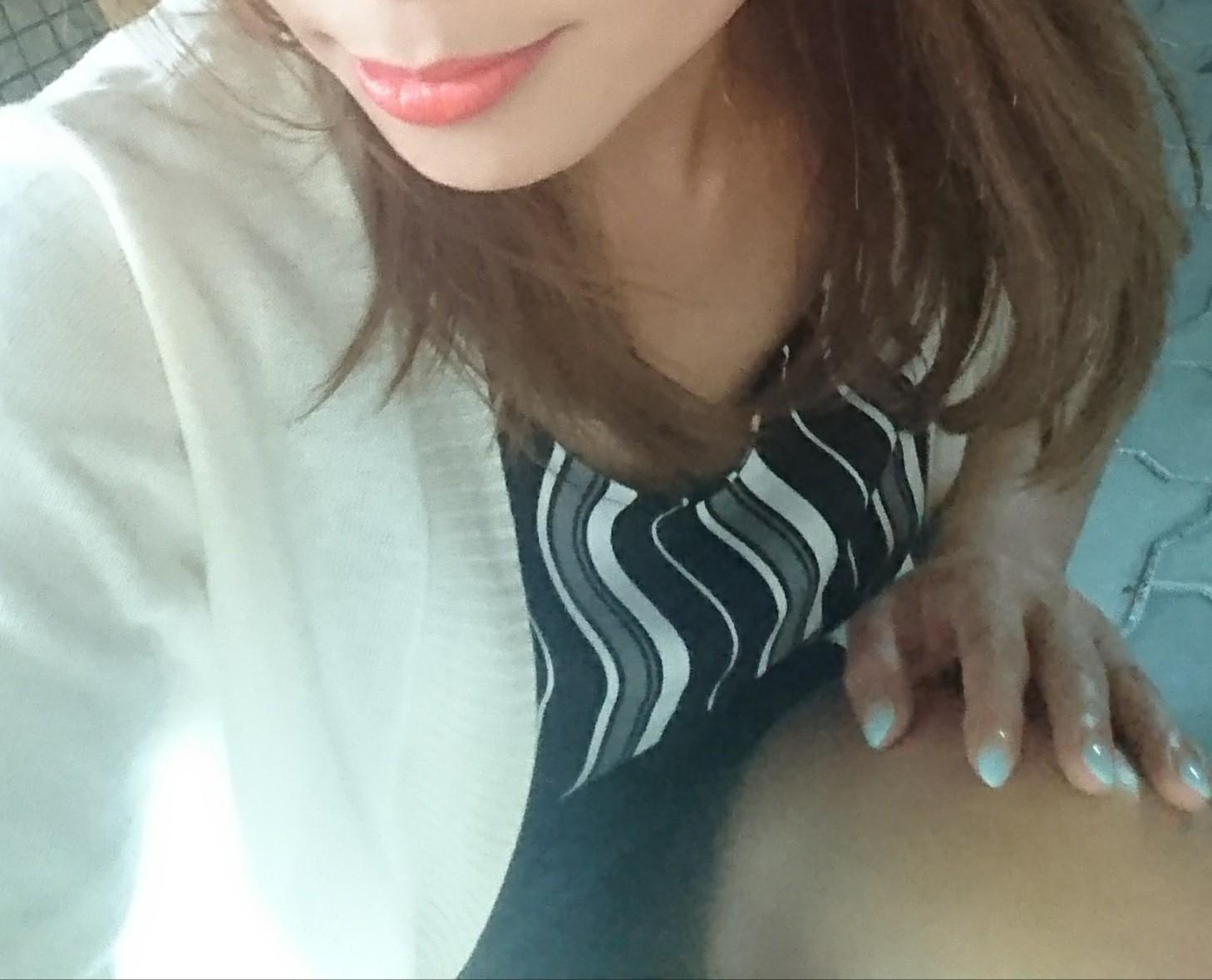 「今日も地獄の様な暑さ」07/16(月) 07:26   加藤かなの写メ・風俗動画