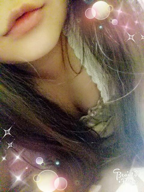 「おはょー(∩´∀`∩)」07/17(火) 08:47   朝比奈 陽菜の写メ・風俗動画