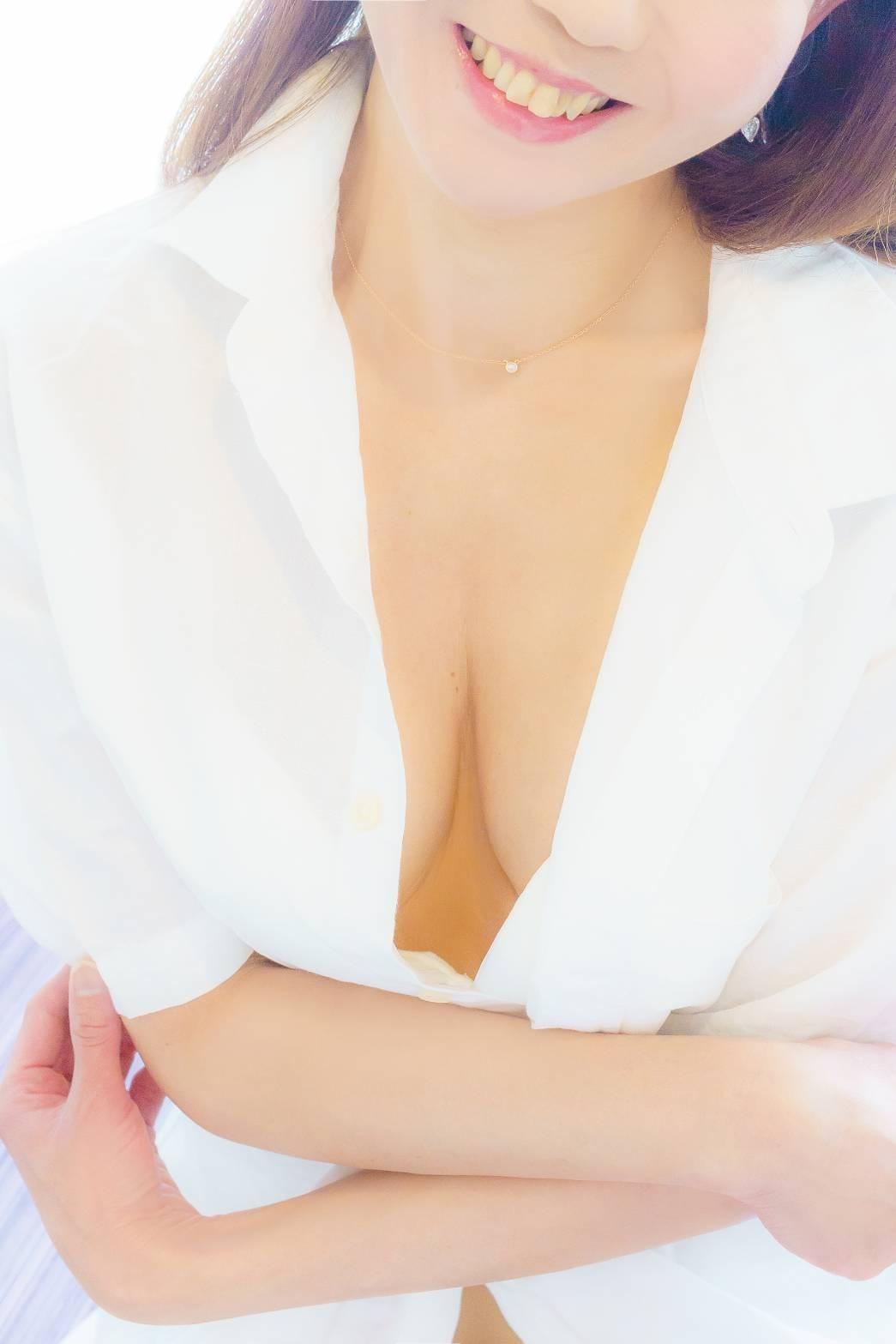 みゆ「この夏を乗り越えて!!」07/17(火) 22:35   みゆの写メ・風俗動画