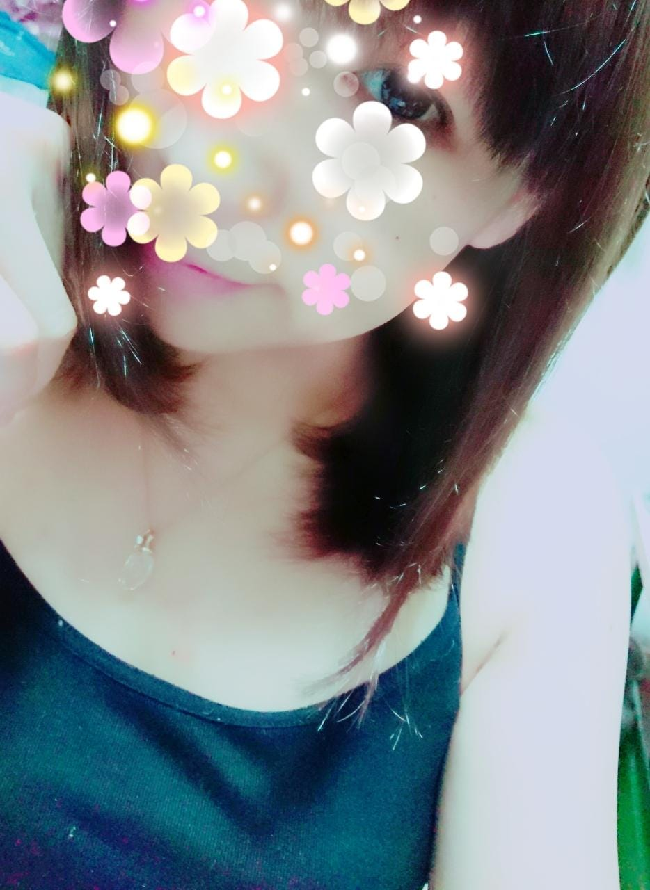 いおり「次回出勤19日(木)」07/18(水) 01:20   いおりの写メ・風俗動画