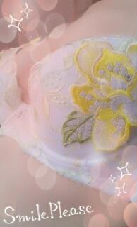 「当たったよ ( ^-^)ノ∠※。.:*:・'°☆」07/18(水) 23:46    香坂夫人の写メ・風俗動画