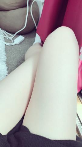 「出勤してま~すっ!よろしくね!」07/19日(木) 11:06   りょうの写メ・風俗動画