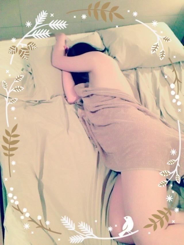 「絢のエロマン… 元気だったよね(笑)」07/27(金) 03:33 | 絢(じゅん)の写メ・風俗動画