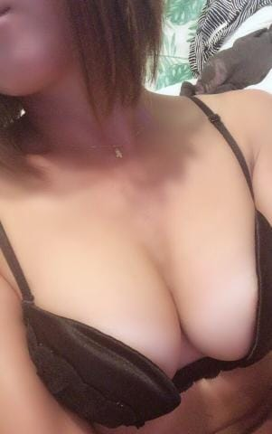 「こんにちわ」07/30(月) 13:57   萌絵先生の写メ・風俗動画