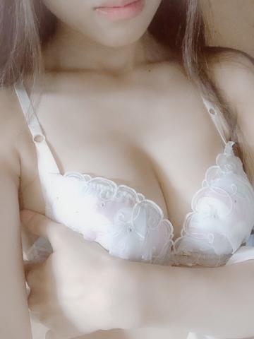 「(*゚∀゚)/〜〜 ハ〜イ」08/09(木) 18:14 | 芹那の写メ・風俗動画