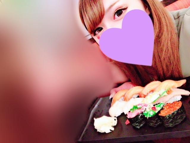 「飯テロ」08/12(日) 18:40 | ななみちゃんの写メ・風俗動画