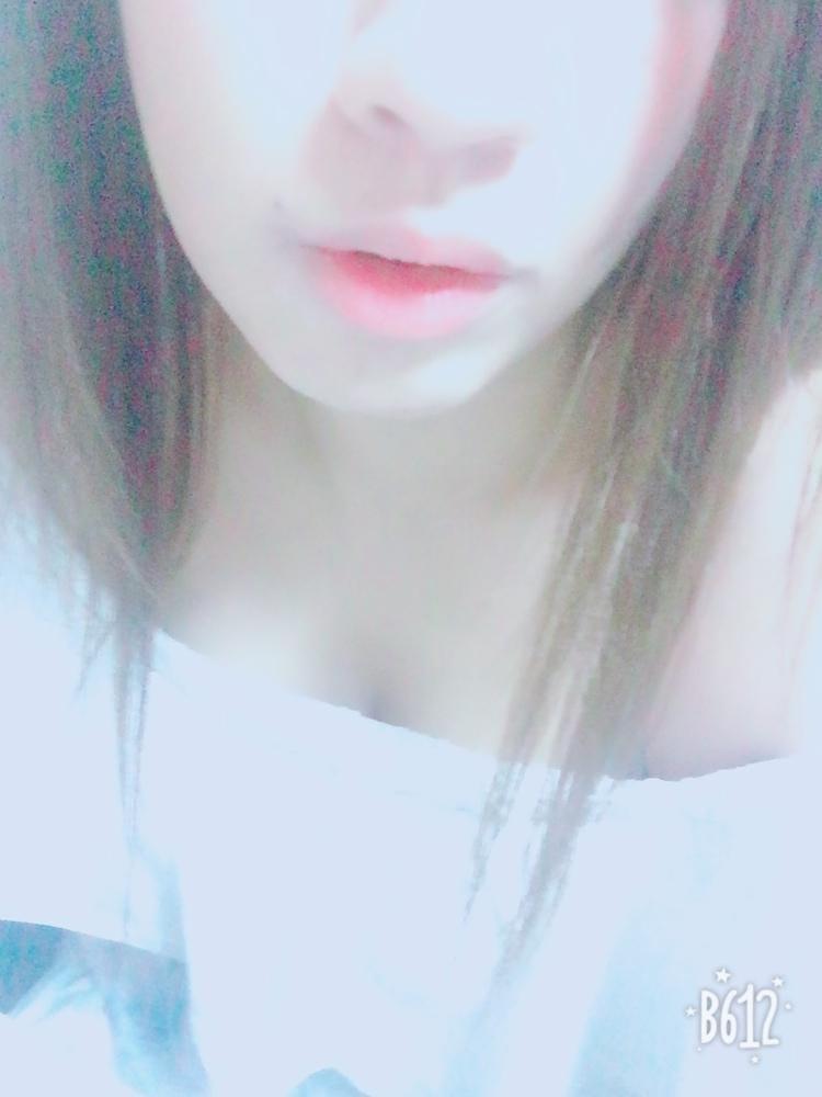 「お休みちゅー  お盆ですね」08/14(火) 23:04   めぐの写メ・風俗動画