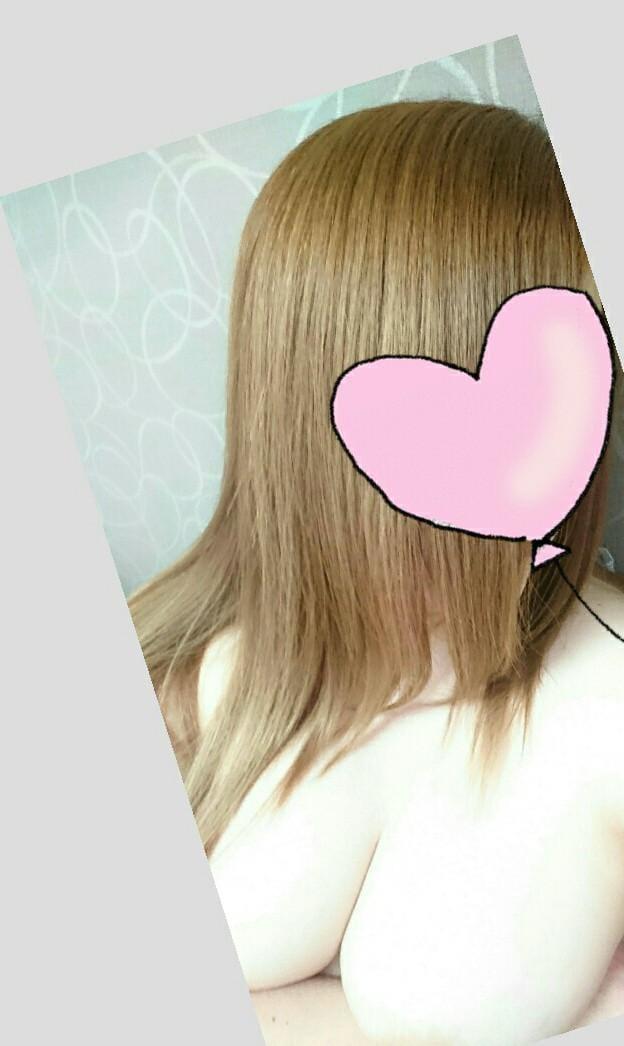 「ありがとう♪ヽ(´▽`)/」08/15(水) 11:30   雨音美紗の写メ・風俗動画